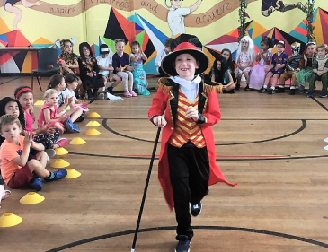 Join us at KOOSA Kids Holiday Clubs in your favourite fancy dress costumes on Fantastic Fridays!
